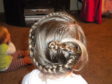 Monthly Hairshare 8/10 (2)