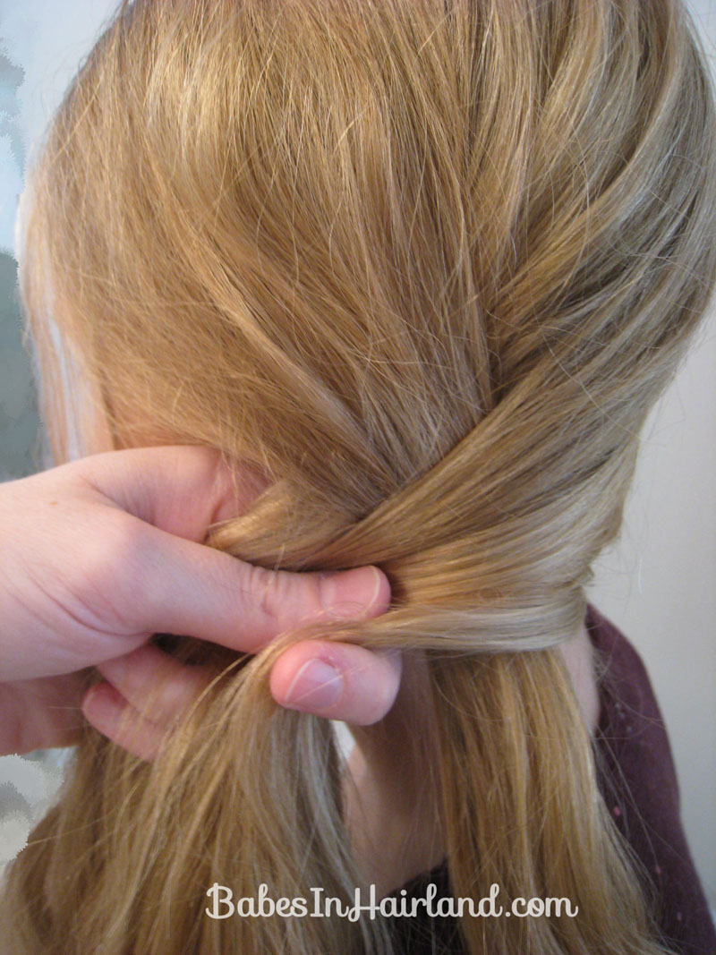 Slightly Messy Loose Side Braid 7 Babes In Hairland