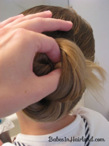 Loopy Bun Hairstyle (6)