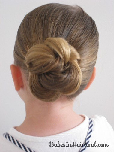 Loopy Bun Hairstyle (13)