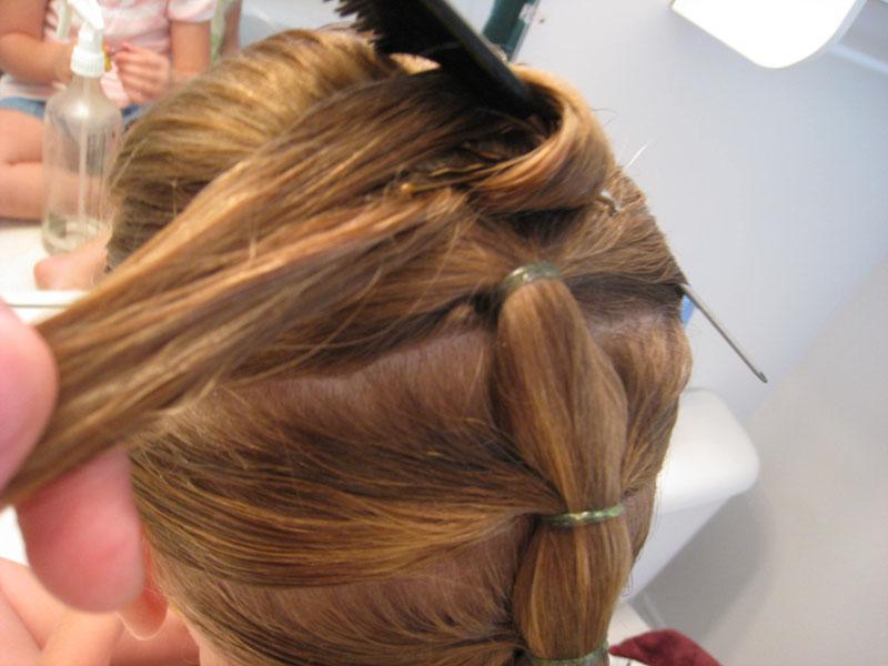 Как сделать гребешок на волосы 963