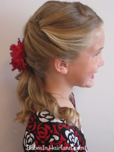 fast hair styles pretty amp relaxed ponytail in hairland 1310