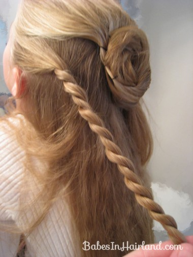 Twisted Flower Girl Hairstyle (5)