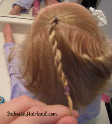 Baby Rope/Twist Braid into Baby Pony (4)