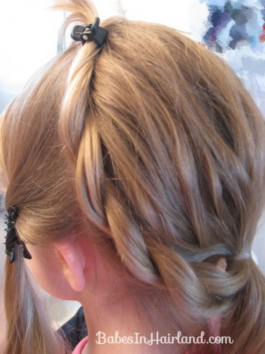 Alice in Wonderland Hairstyle #1 (9)