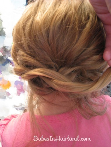 Alice in Wonderland Hairstyle #1 (14)