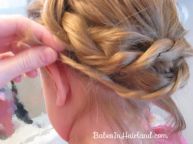 Alice in Wonderland Hairstyle #1 (15)
