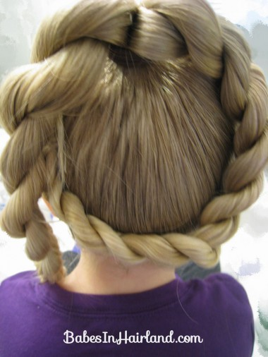 Letter Q Hairstyle (5)