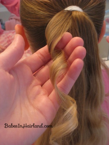 Curls above Ponytail Hairstyle (4)
