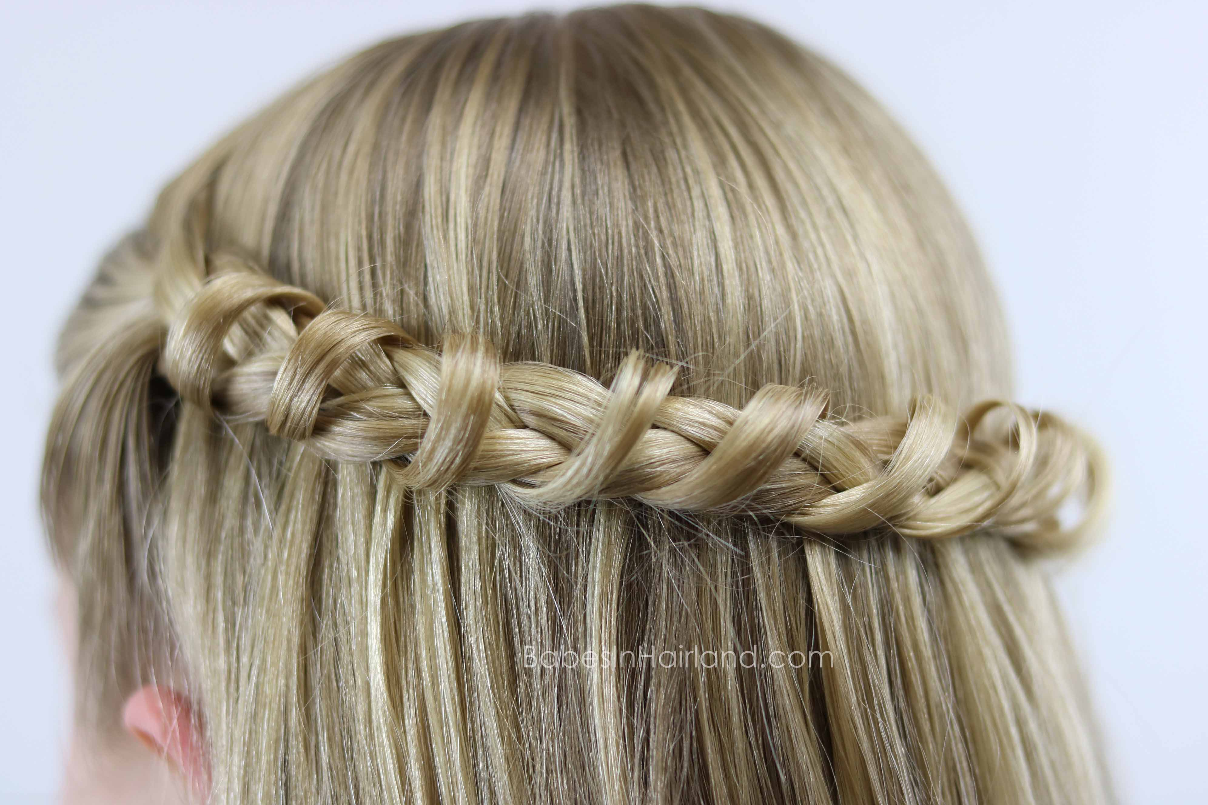 This Tunnel Braid is such a unique but easy hairstyle from BabesInHairland.com | hair | braids | easy hairstyle