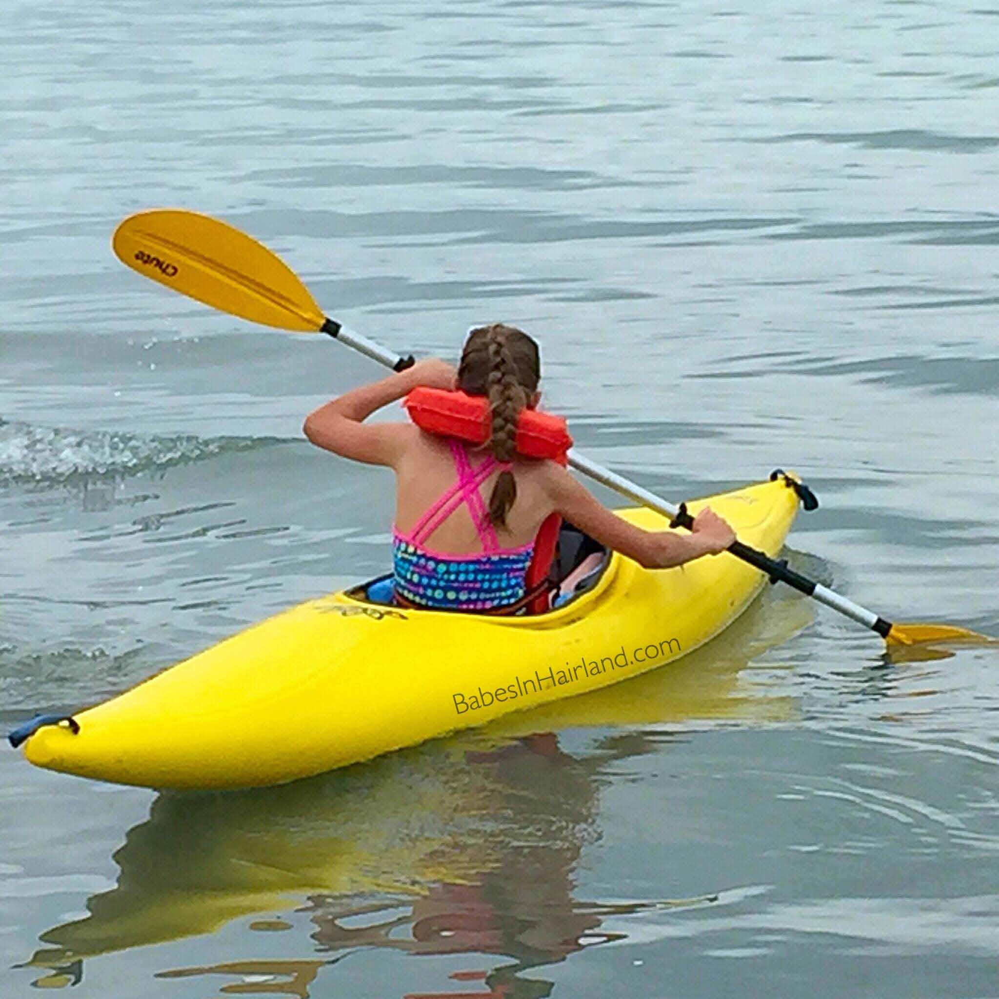 Kayaking at Bear Lake BabesInHairland.com