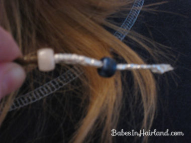 How to add beads to the ends of braids (10)