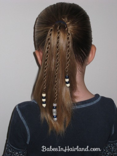 How to add beads to the ends of braids (1)