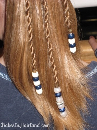 How to add beads to the ends of braids (17)