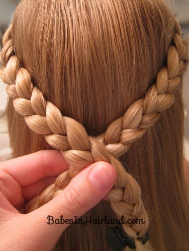 Knotted Braid Pullback (3)