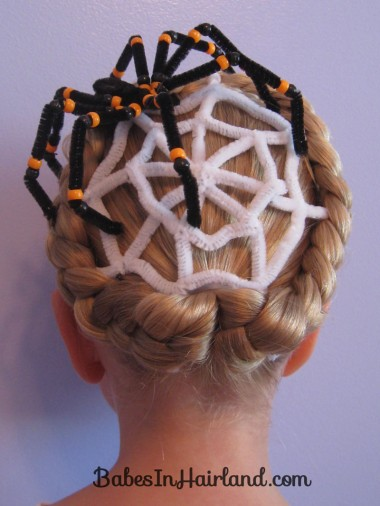 Spiderweb Hairstyle | Halloween Hairstyles (8)