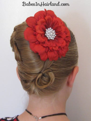 Elegant French Twist Updo (30)