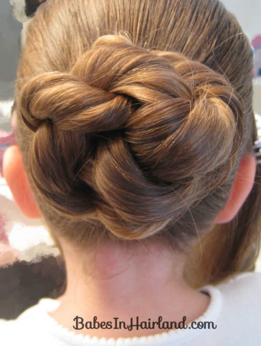 Beautiful Holiday Updo (6)