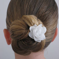 Loopy Bun Hairstyle (16)
