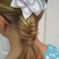 Quick Fishbone Braid Hairstyle (1)