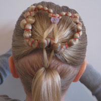Heart Wreath Hairstyle (13)