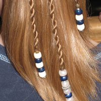 How to add beads to the ends of braids (18)